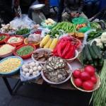 10ラサの裏通り野菜屋台DSC00511