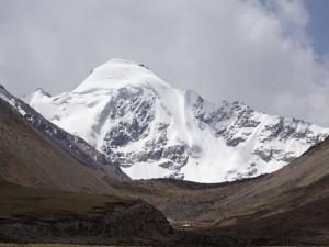2ニンチェンタンラ山脈の未踏峰DSC00459